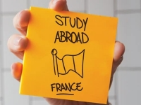 10000 Indian Students to Study in France in 2019