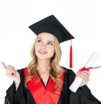 Online Degree vs Campus Degree: Which is better?