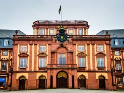 8 Top Reasons Why You Should Consider MBA in Germany