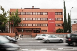 EAE Business School-3